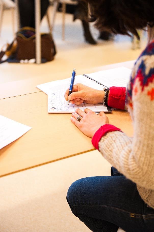 Hauptschulabschluss ist Voraussetzung für die Ausbildung zur/m Familienpfleger/in – jetzt erwerben!